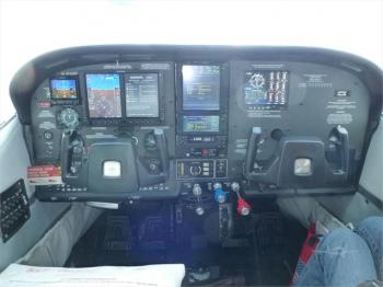 1977 CESSNA TURBO 210 - Photo 2