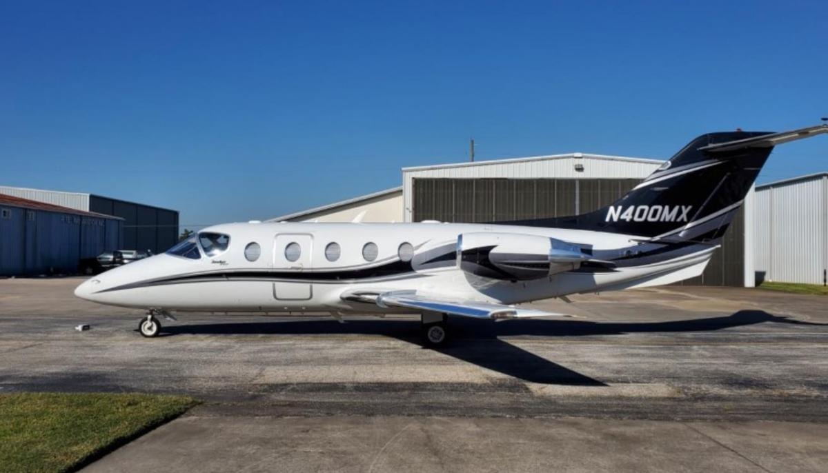 2007 Hawker 400XP Photo 2