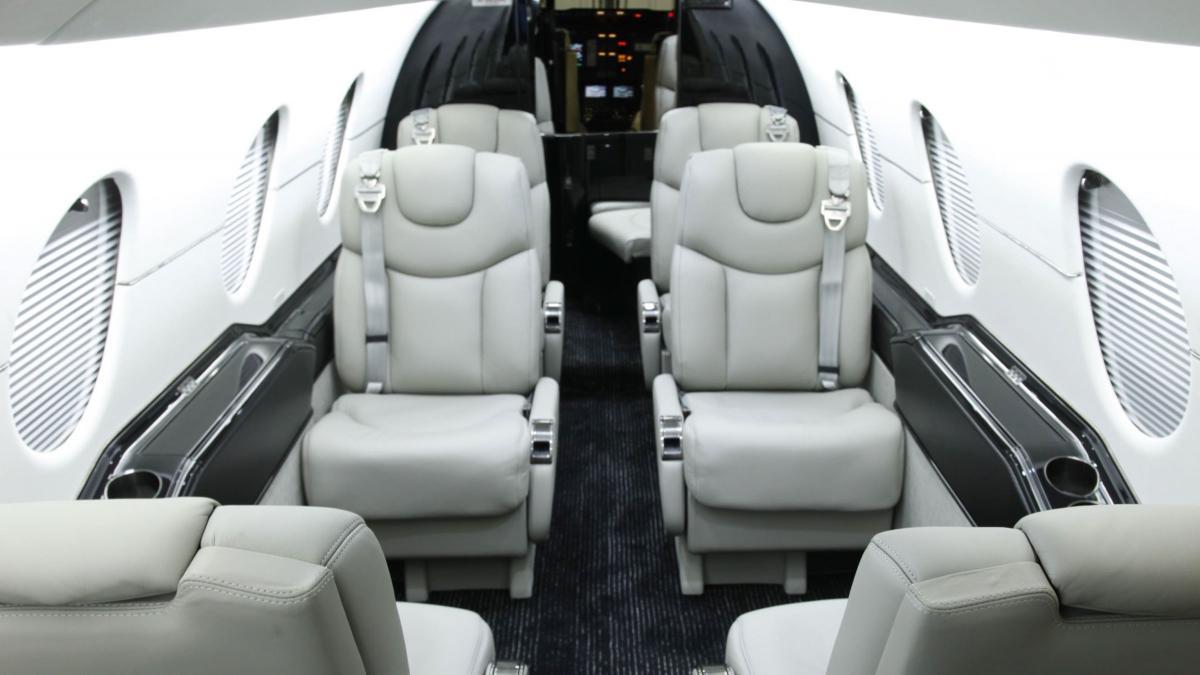 2007 Hawker 400XP Photo 3