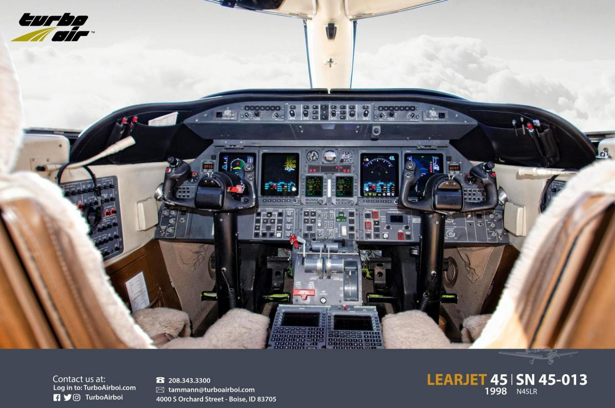 1998 Learjet 45 Photo 6