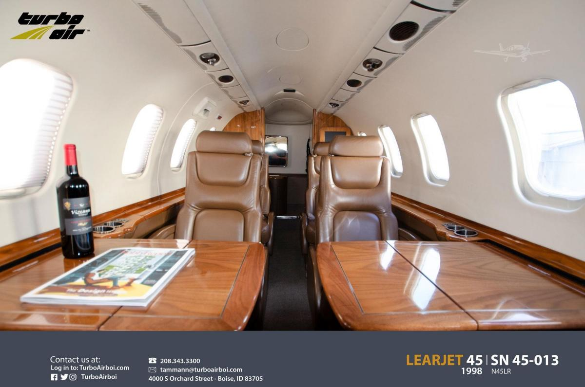 1998 Learjet 45 Photo 2