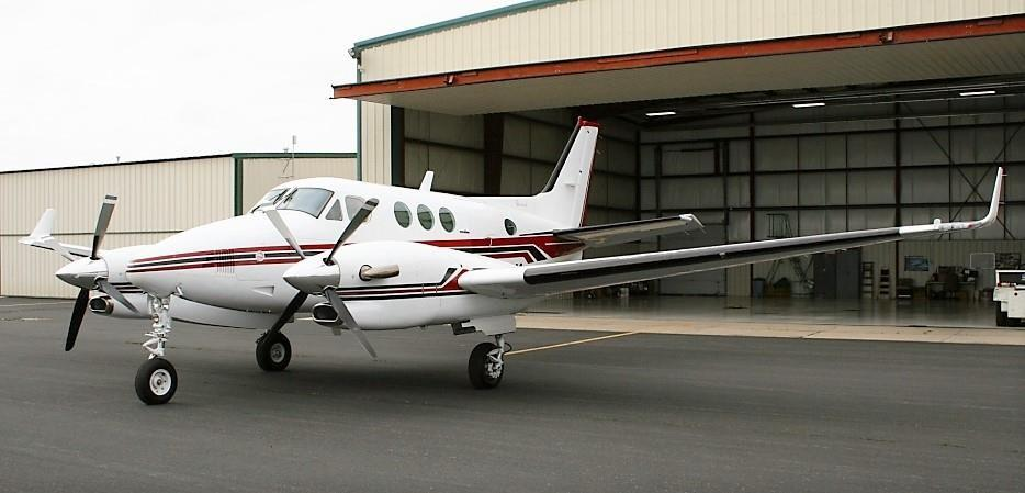 1991 BEECHCRAFT KING AIR C90A Photo 2