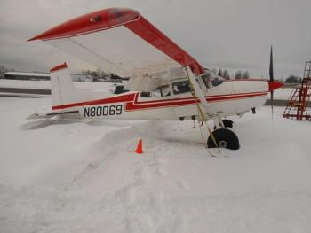 1976 Cessna 185F - Photo 1