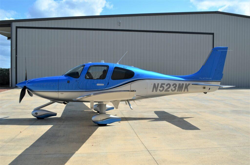 2019 Cirrus SR22 G6 Turbo Photo 2