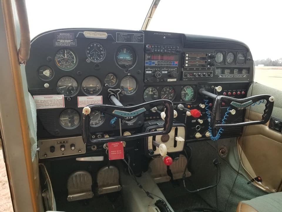 1960 Cessna 210 Photo 2