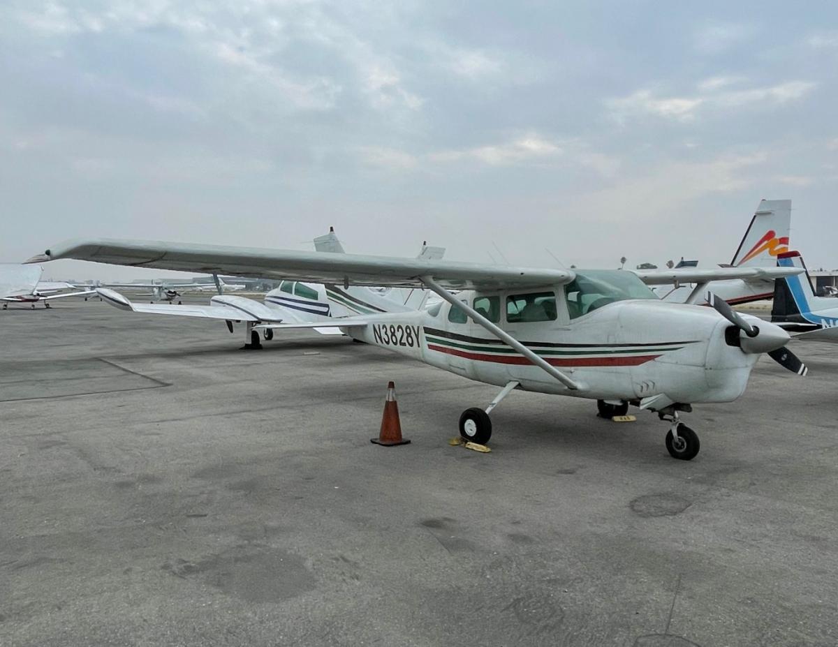 1964 Cessna 210D Centurion Photo 2
