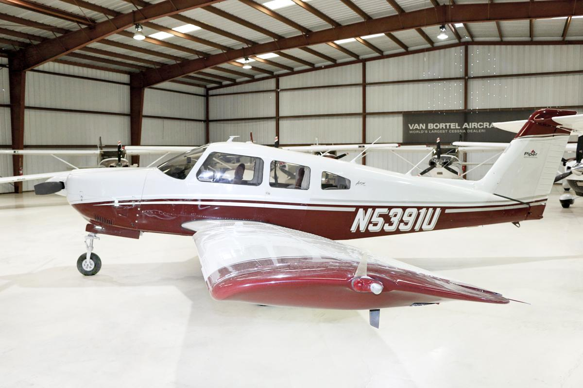 1979 Piper PA28R-201 Arrow - Photo 1