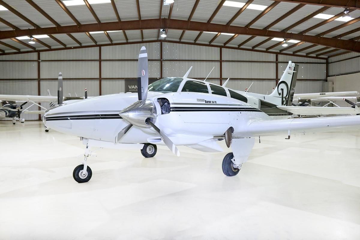 1968 BEECHCRAFT 56TC BARON Photo 3