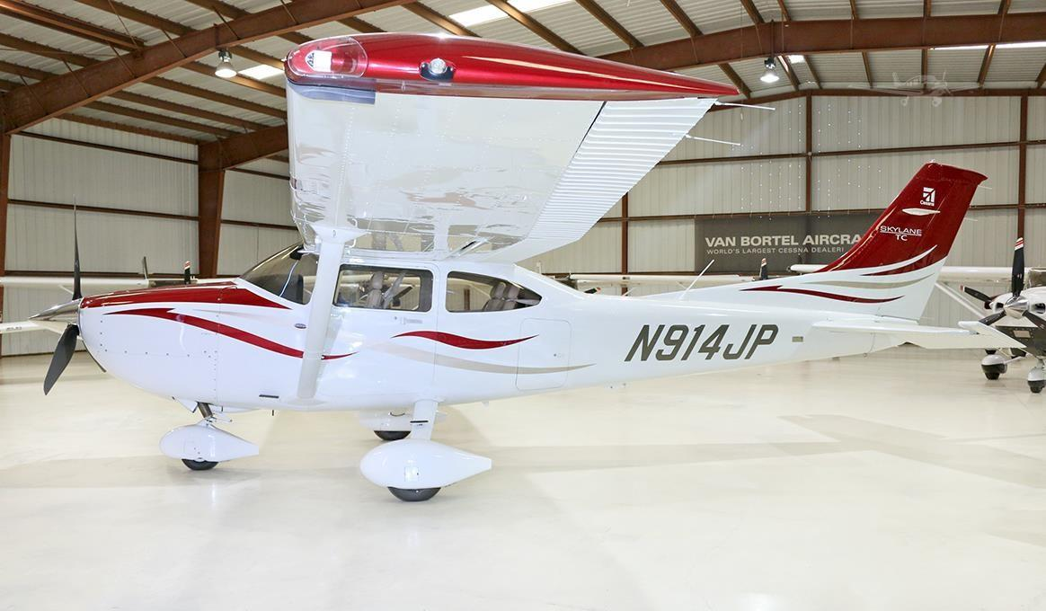 2008 CESSNA TURBO 182T SKYLANE - Photo 1