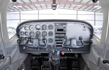 1998 Cessna 182S Skylane - Photo 4