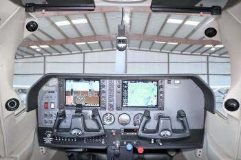 2004 CESSNA TURBO 182T SKYLANE  - Photo 5