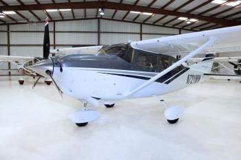 2017 CESSNA TURBO 206H STATIONAIR  - Photo 2