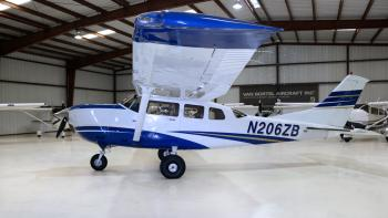 2006 Cessna 206H Stationair  - Photo 3