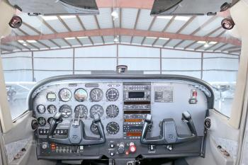 1998 Cessna 172R Skyhawk - Photo 6