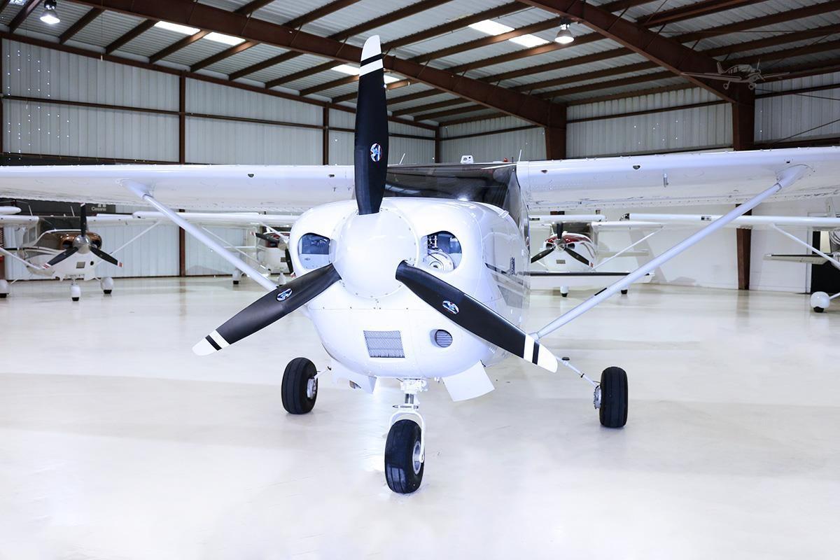 2001 Cessna T206H Turbo Stationair Photo 3