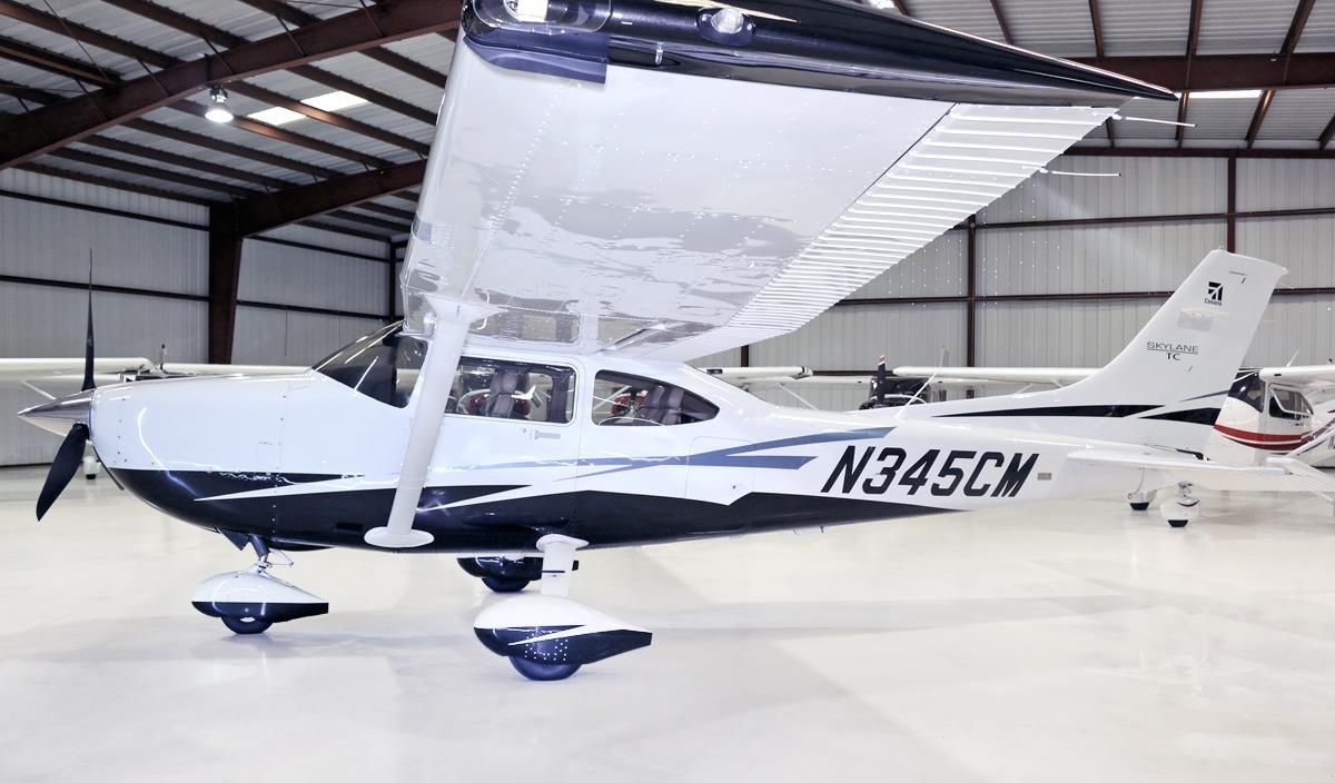 2010 CESSNA TURBO 182T SKYLANE Photo 3