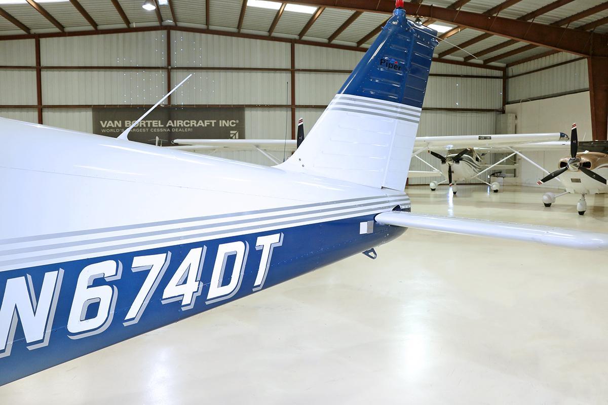 1969 Piper Arrow PA-28R-200 Photo 5