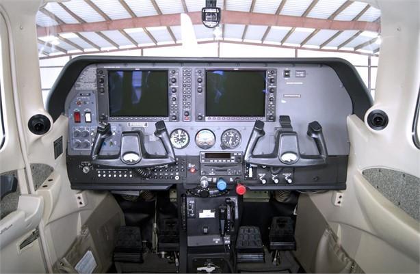 2004 CESSNA TURBO 206H STATIONAIR Photo 2