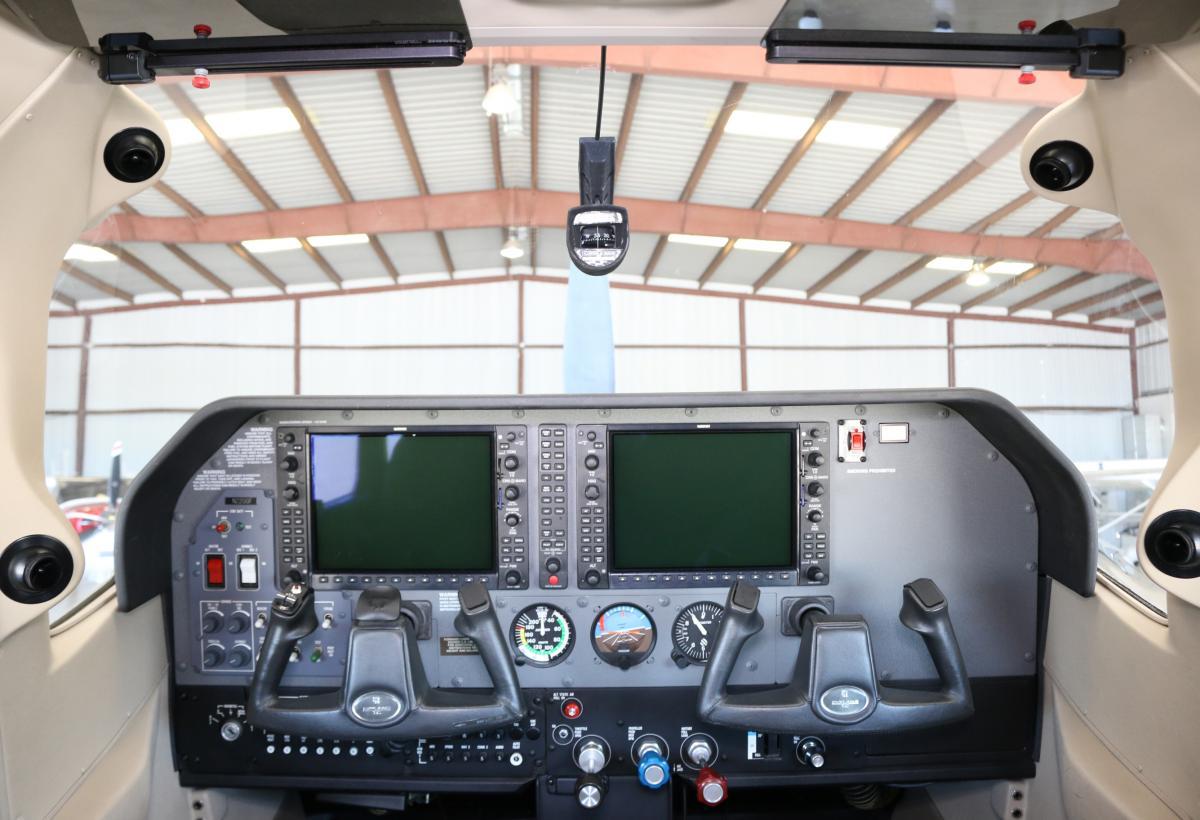 2007 Cessna T182T Turbo Skylane Photo 7
