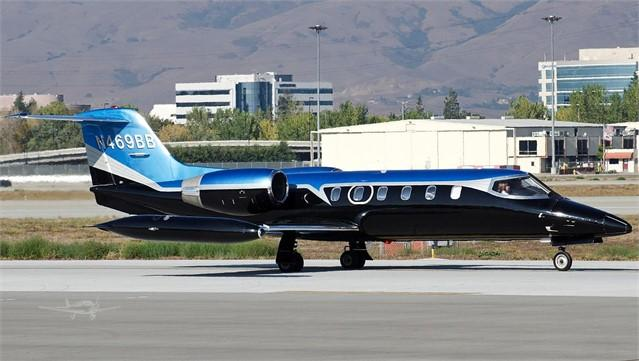 1981 LEARJET 35A - Photo 1